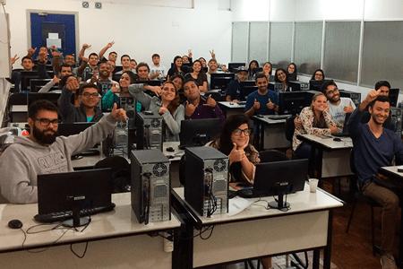 Universidades de SP recebem equipe Altus para aplicação de curso sobre Blocos PID