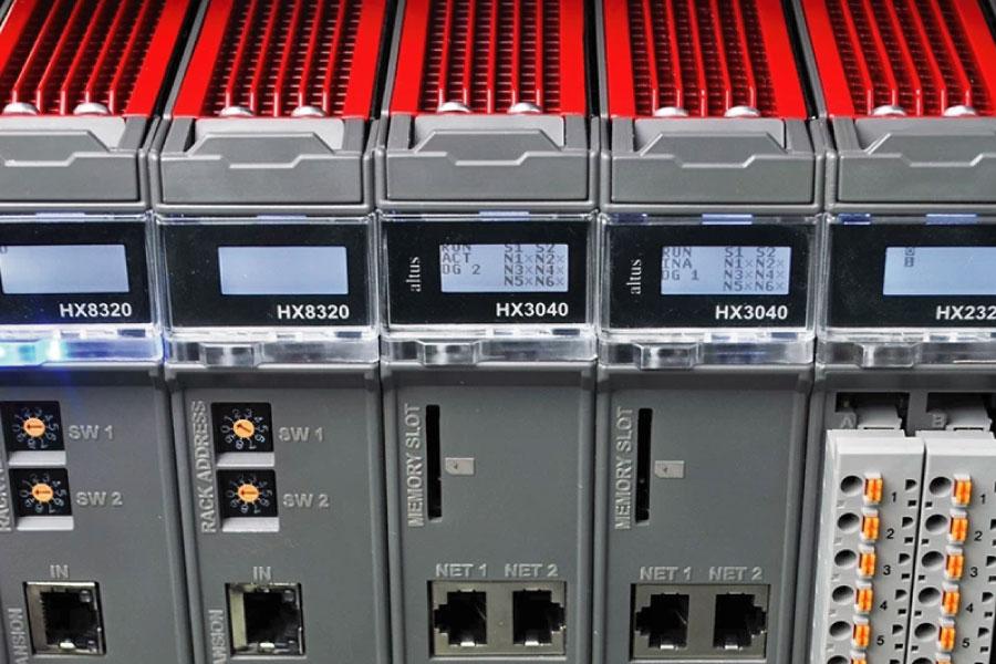 Redundância de CPU e fonte Hadron Xtorm