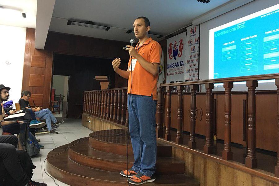 Especialista da Altus fala sobre Indústria 4.0 para alunos da Unisanta e Univap
