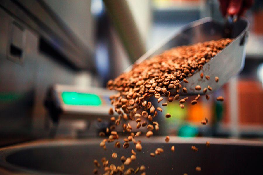 Indústria cafeeira utiliza CLP Nexto Xpress para otimizar linha de produção