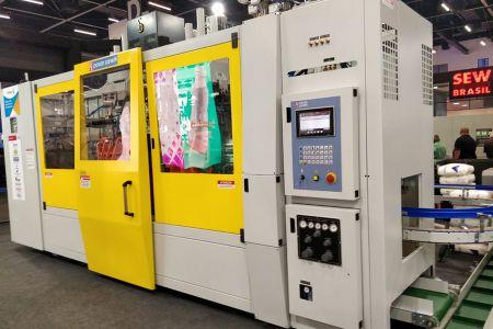Feira da indústria plástica expõe tecnologia Altus