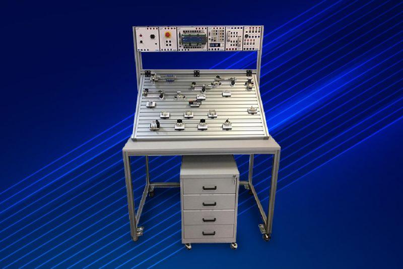 Imagem 82 - Bancadas didáticas do SENAI utilizam a tecnologia do CLP Nexto Xpress