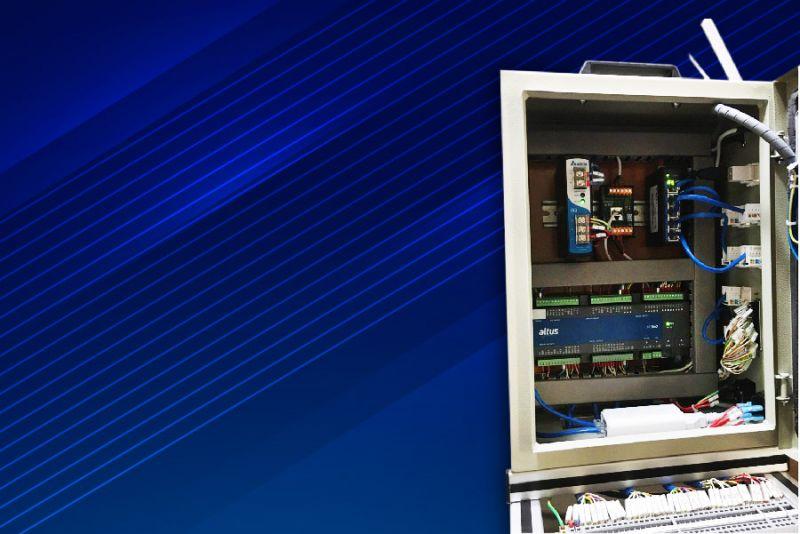 Imagem 83 - Bancadas didáticas do SENAI utilizam a tecnologia do CLP Nexto Xpress